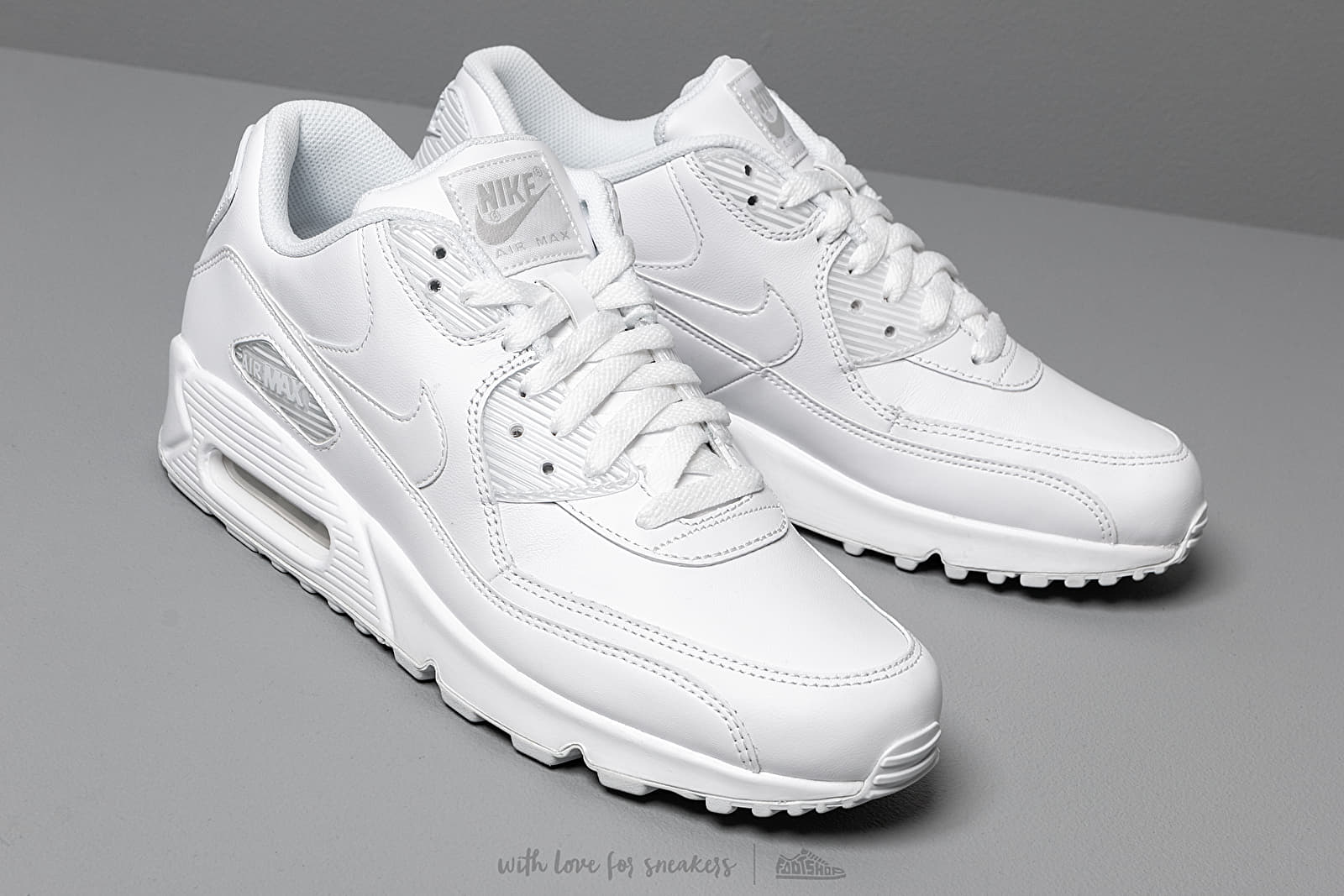 Chaussures et baskets homme Nike Air Max 90 Leather True White ...