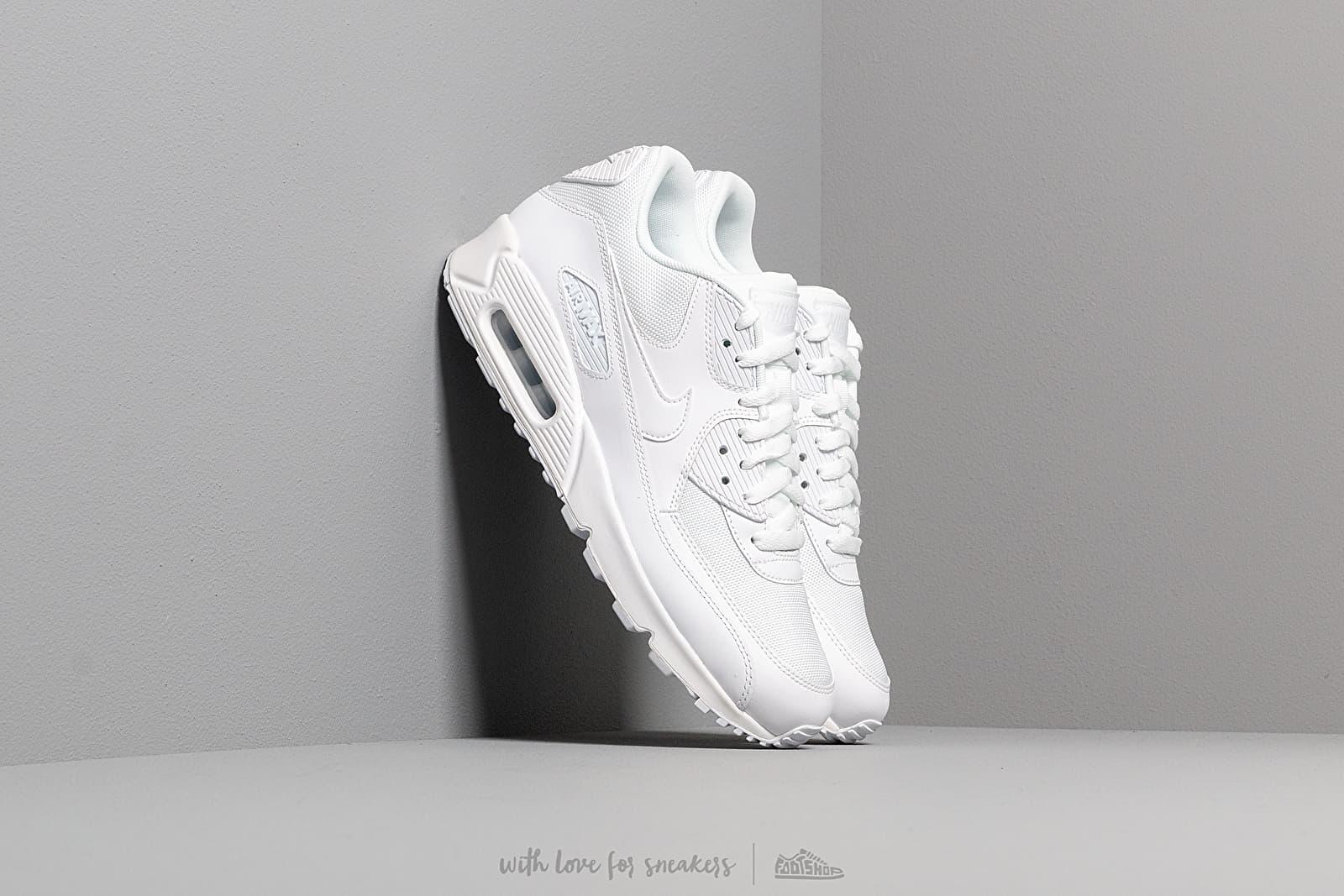 Nike Air Max 90 Essential White/ White-White-White za skvělou cenu 3 790 Kč koupíte na Footshop.cz