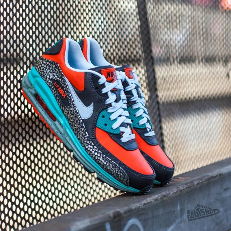 premium selection 5f63e 1731c Nike Air Max Lunar 90 Deluxe QS