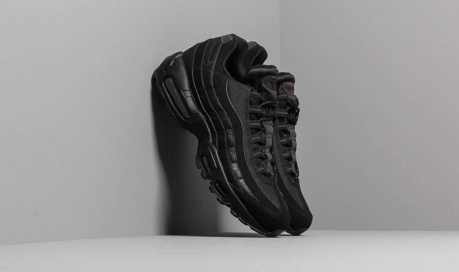 Nike Air Max 95 Black/ Black-Anthracite EUR 44
