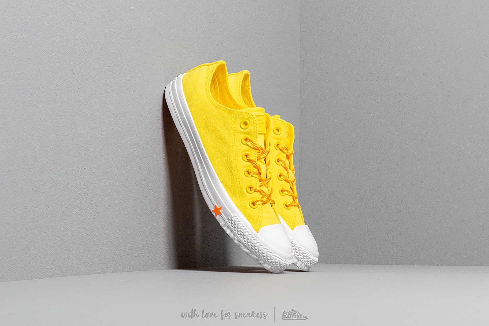 Converse Chuck Taylor All Star Fresh Yellow/ Orange Rind/ White za skvělou cenu 1 990 Kč koupíte na Footshop.cz