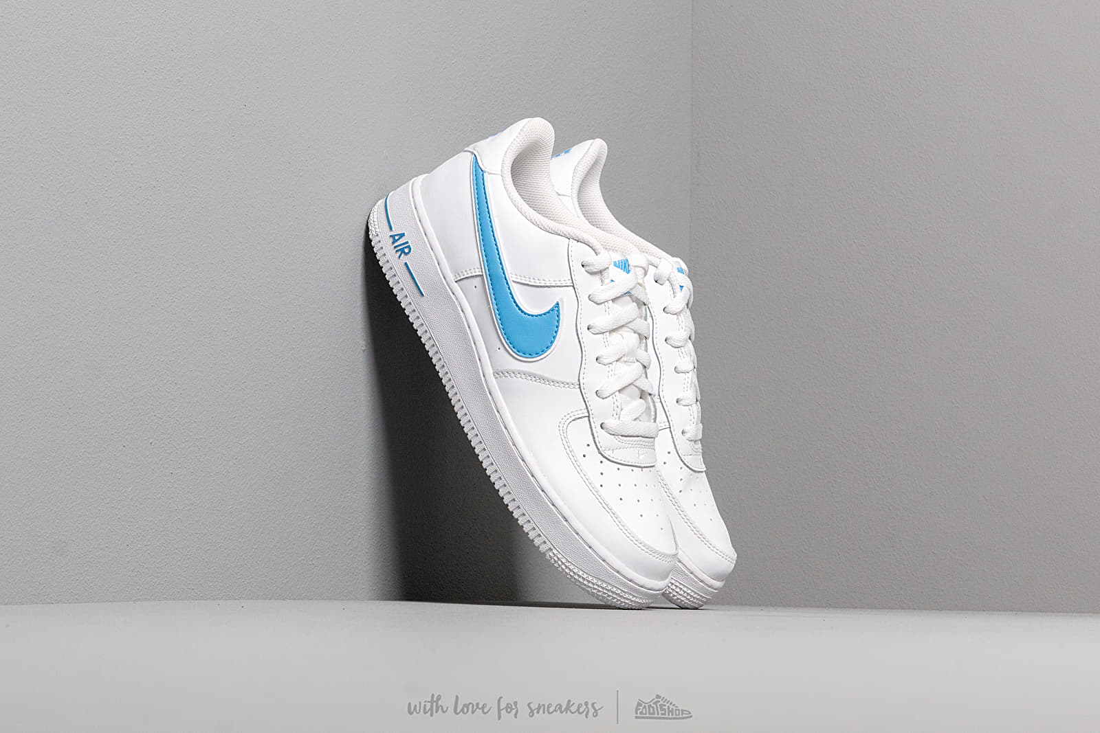 Nike Air Force 1-3 (GS) White/ University Blue za skvelú cenu 70 € kúpite na Footshop.sk