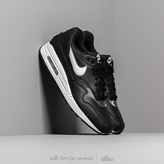 air max 1 black white