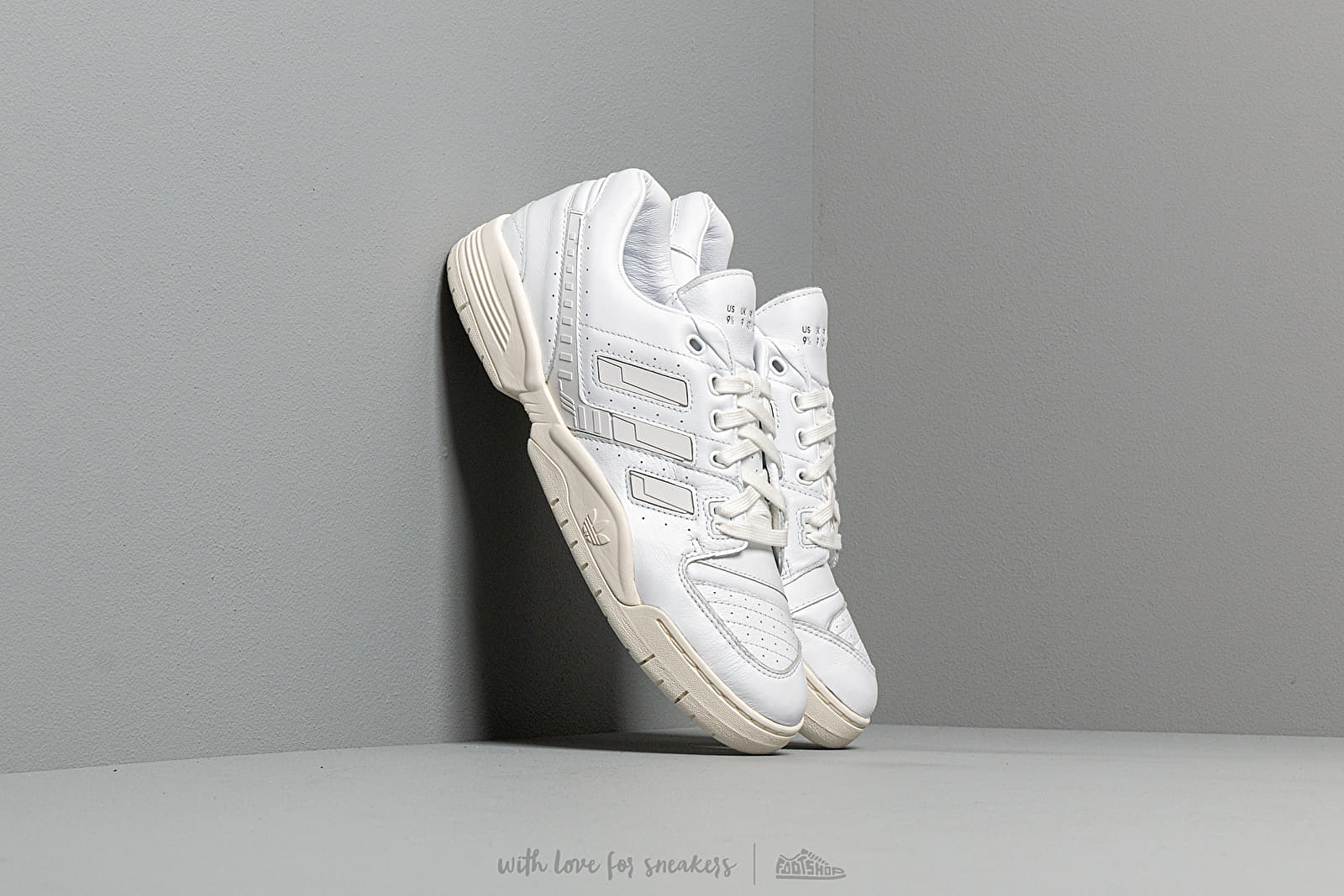 adidas Torsion Comp Ftw White/ Ftw White/ Off White at a great price 92 € buy at Footshop