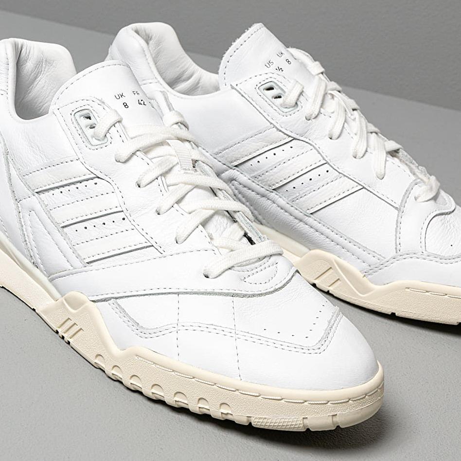 adidas trainer 48