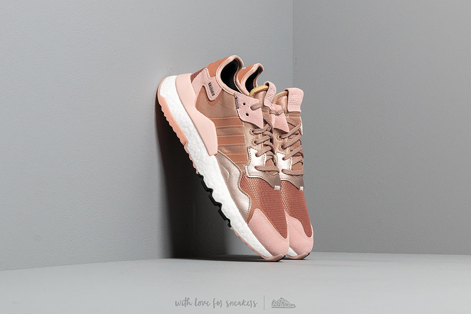 adidas Nite Jogger W Rogome/ Vapor Pink/ Core Black za skvělou cenu 3 390 Kč koupíte na Footshop.cz