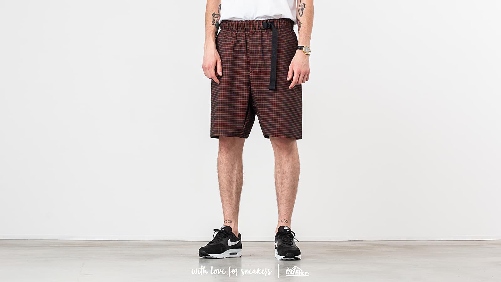 Nike Sportswear Tech Pack Grid Woven Short Anthracite/ Team Orange/ Black za skvělou cenu 1 890 Kč koupíte na Footshop.cz