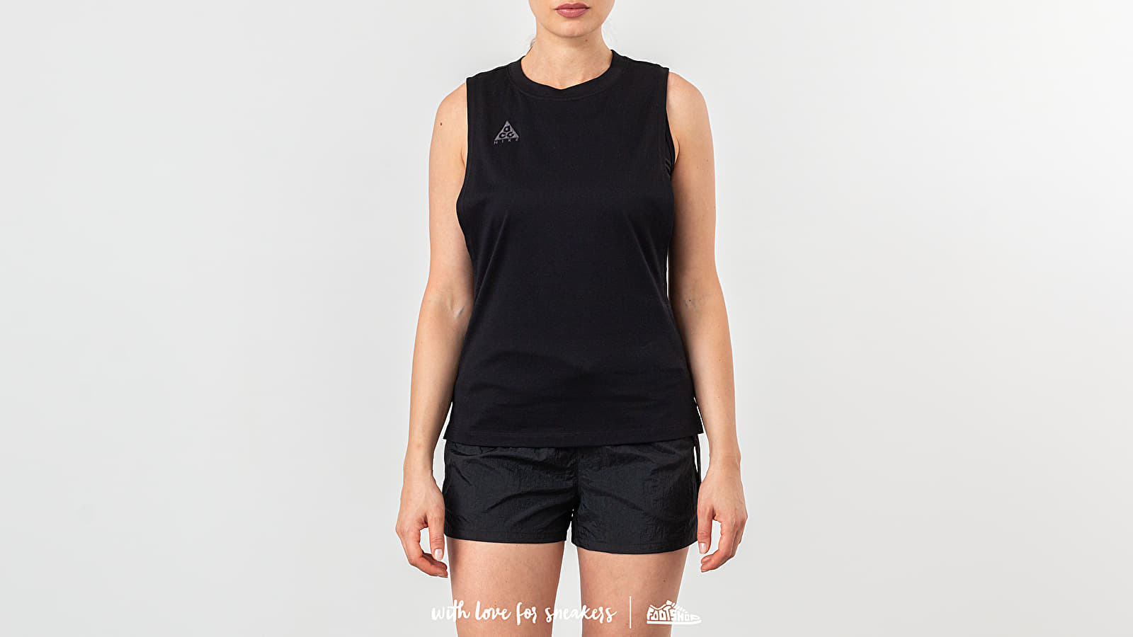 Nike W NRG ACG Tank Black/ Black/ Anthracite za skvelú cenu 48 € kúpite na Footshop.sk