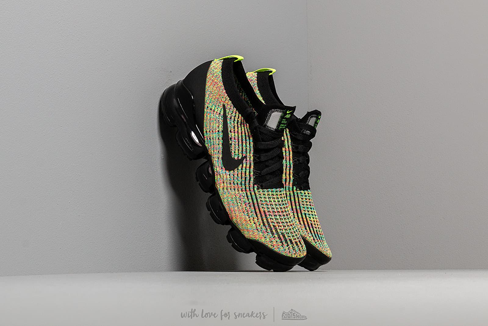 Nike Air Vapormax Flyknit 3 Black/ Black-Volt-Blue Lagoon W super cenie 913 zł kupuj na Footshop.pl