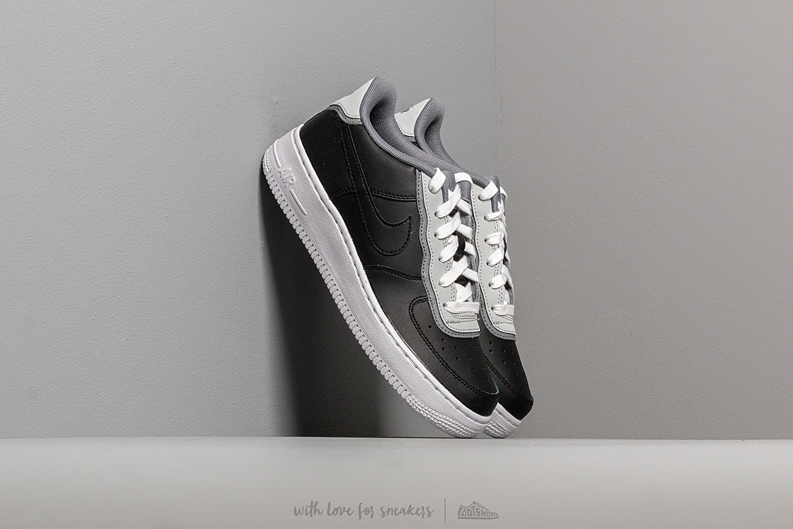 Nike Air Force 1 Lv8 1 Dbl Gs Black/ Black-Pure Platinum-Cool Grey at a great price 81 € buy at Footshop