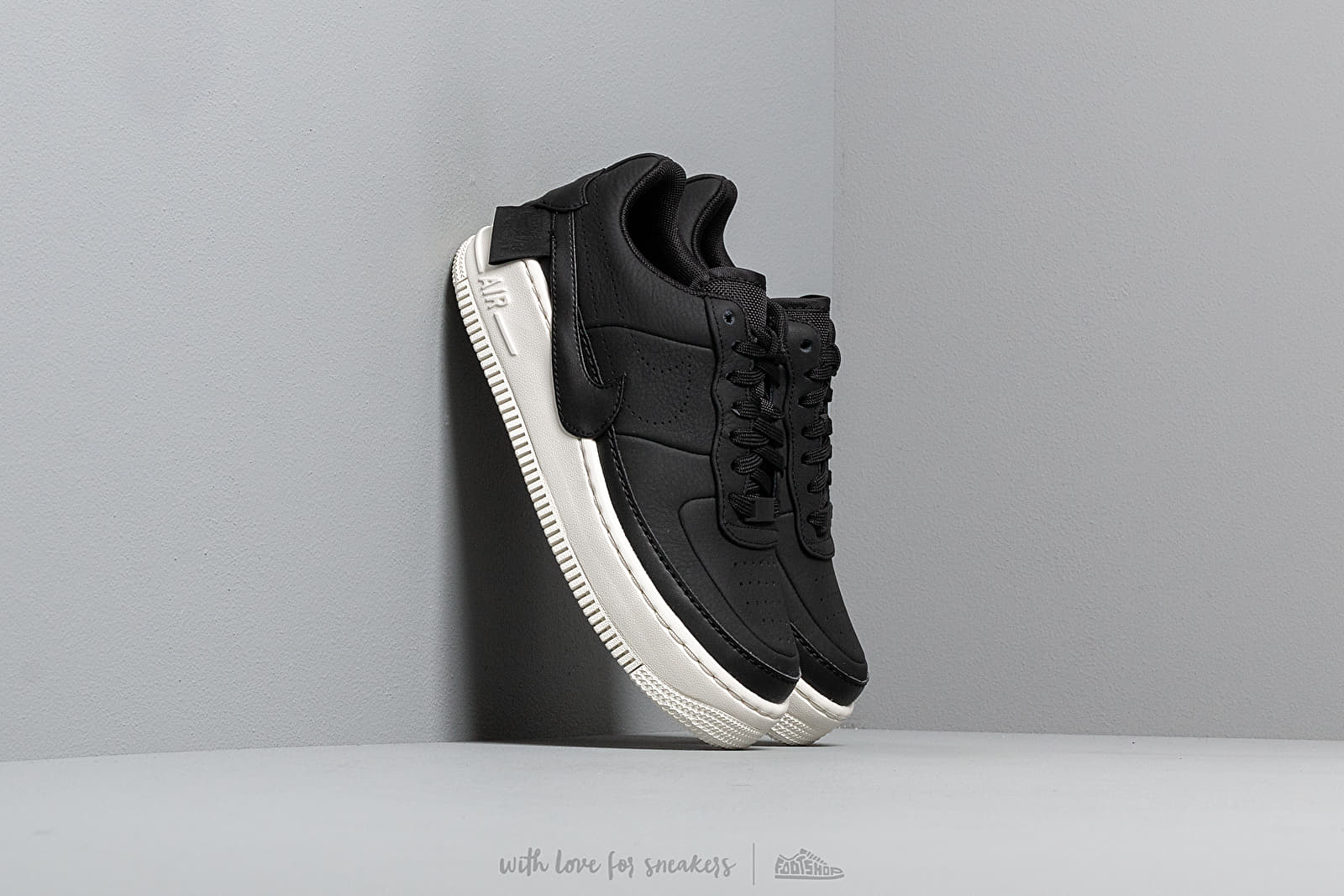 Nike W Air Force 1 Jester Xx Premium Black/ Black-Sail at a great price 110 € buy at Footshop