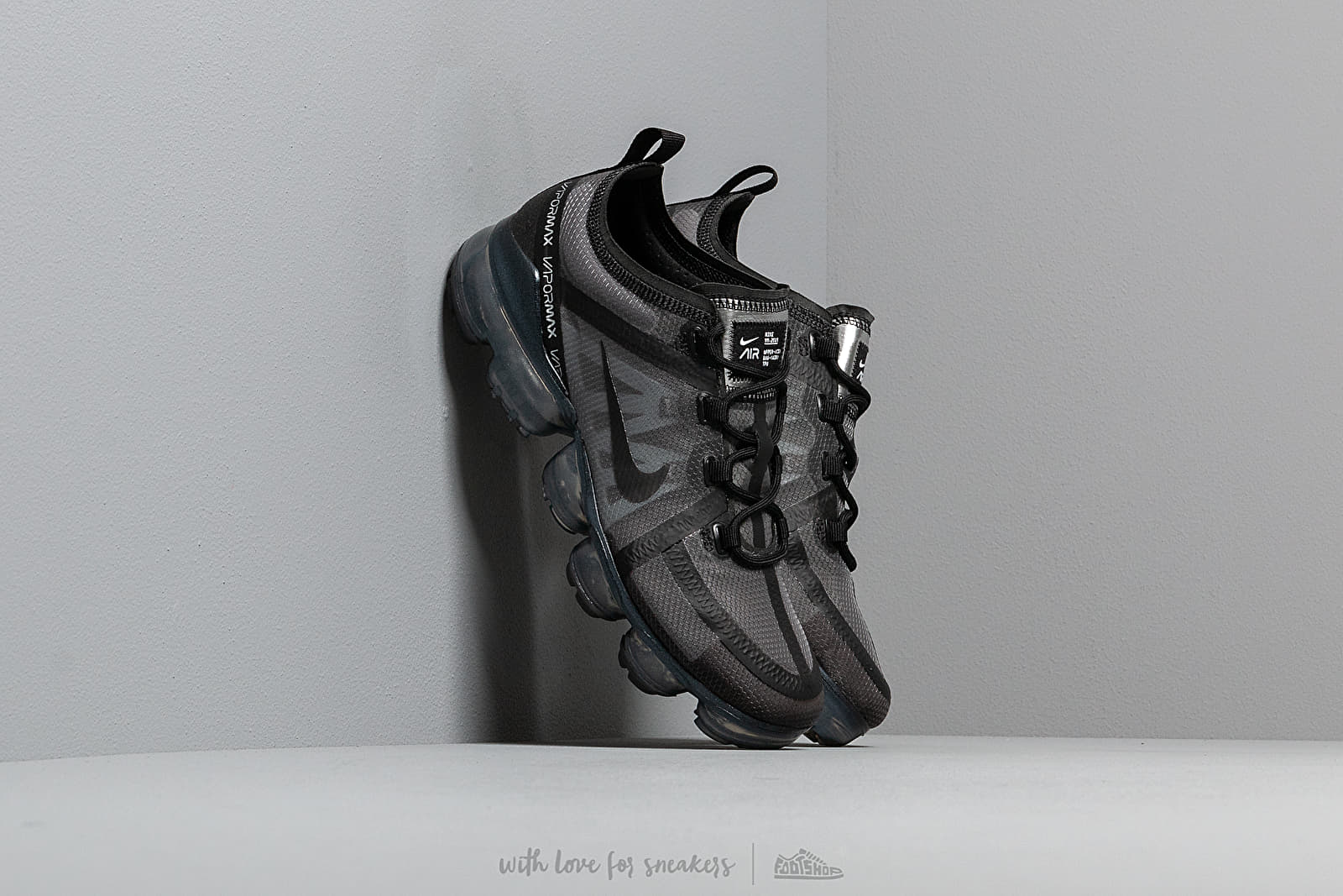 Nike Wmns Air Vapormax 2019 Black/ Black-Black at a great price 180 € buy at Footshop