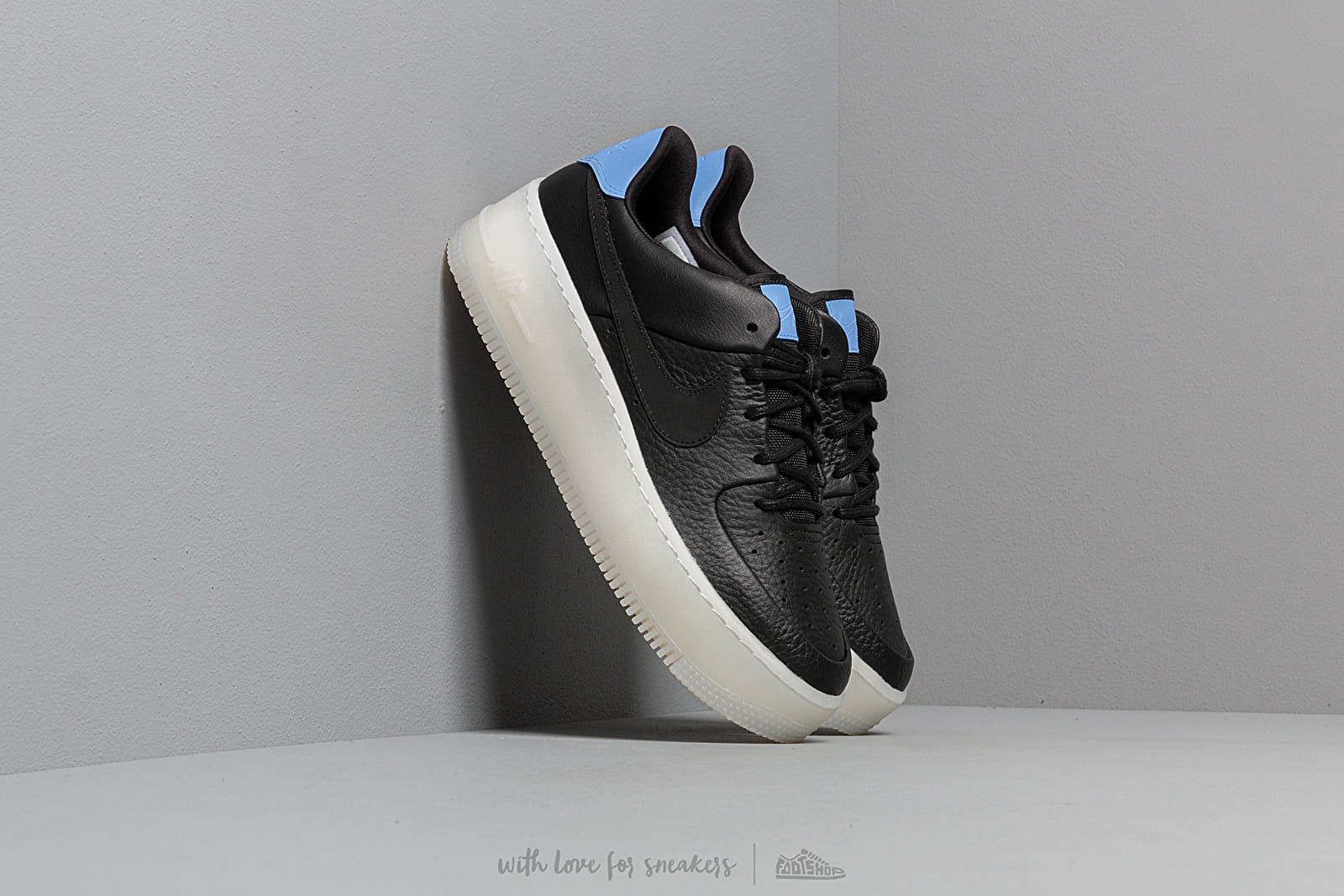Nike W Air Force 1 Sage Low LX Black Royal Pulse | Footshop