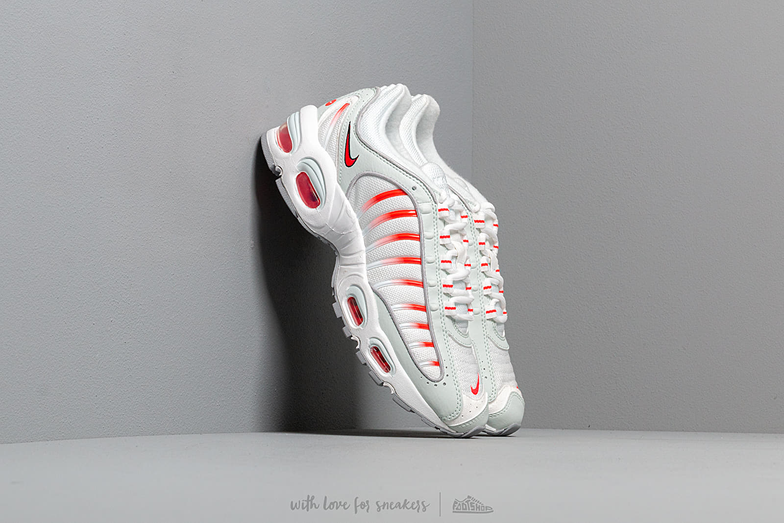 Nike Air Max Tailwind Iv Ghost Aqua/ Red Orbit-Wolf Grey at a great price 158 € buy at Footshop