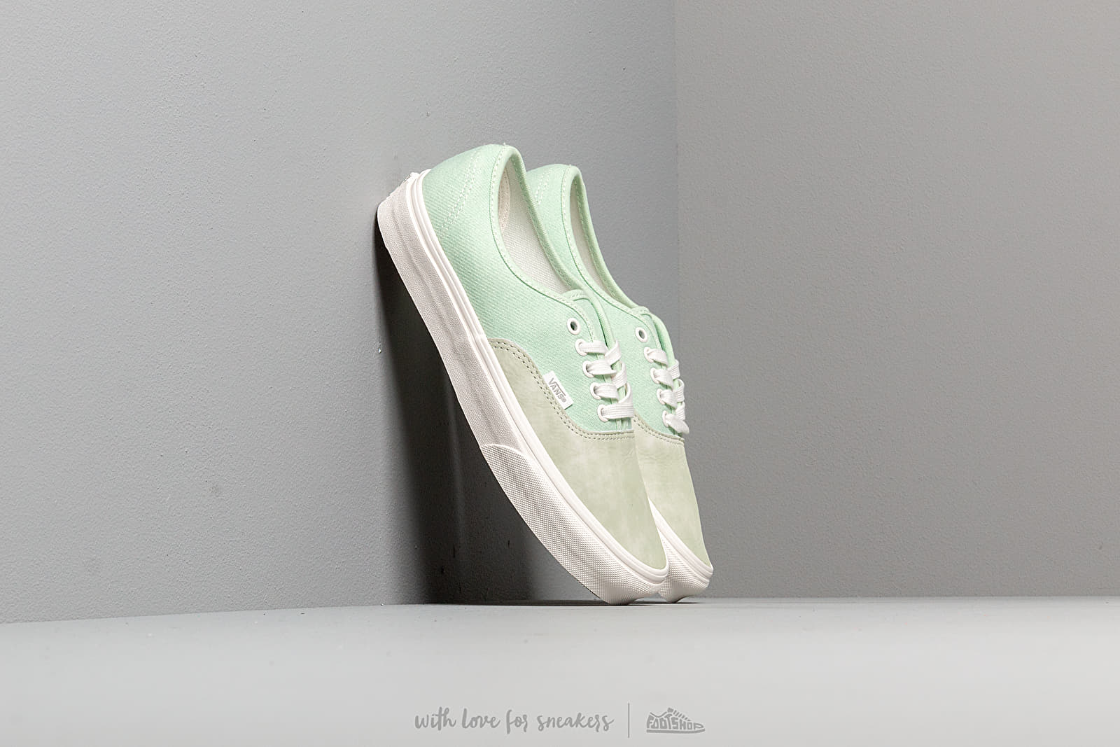 Men's shoes Vans Authentic (Washed Nubuck/ Canvas) Pale Green