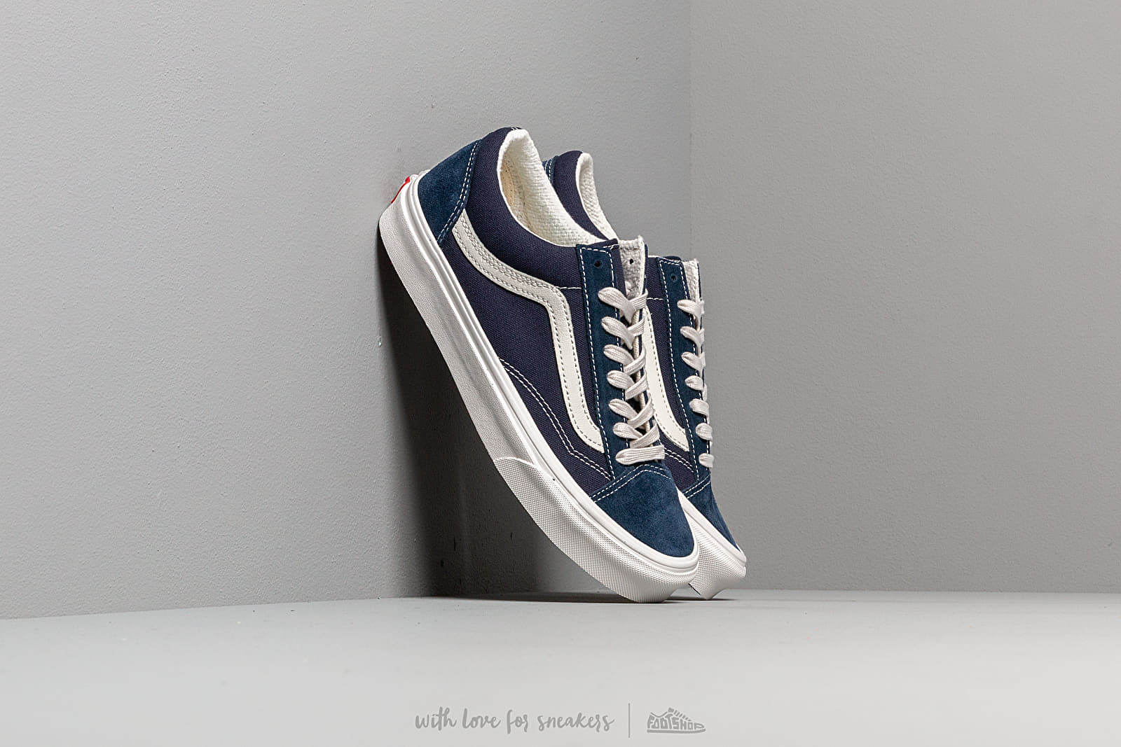 Vans Style 36 Dress Blues/ Blacknc De Blackn at a great price $77 buy at Footshop