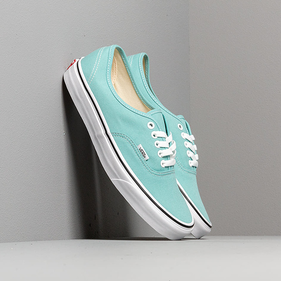Vans Authentic Aqua Haze/ True White EUR 40
