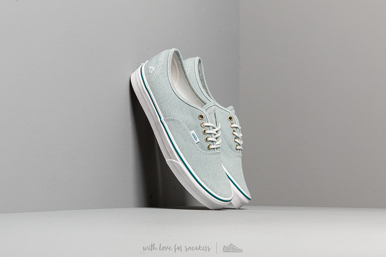 Vans Authentic (P.E.T.)