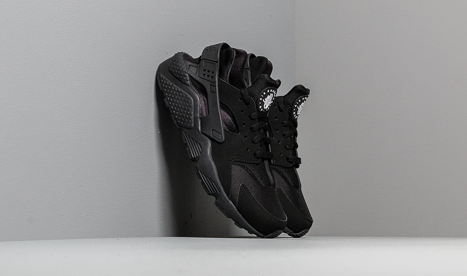 Nike Air Huarache Black/Black EUR 42.5