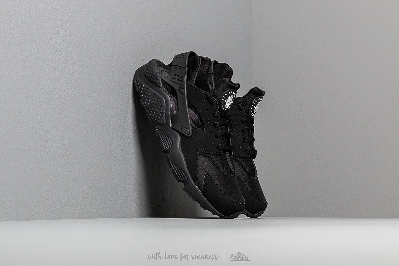 Nike Air Huarache Black/Black za skvělou cenu 3 290 Kč koupíte na Footshop.cz