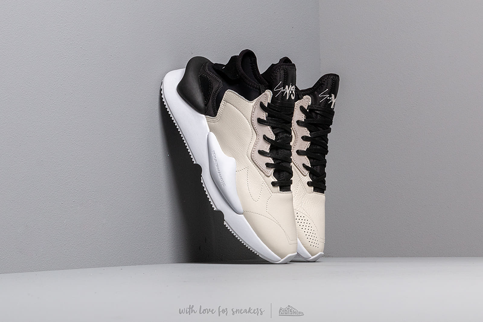 Y-3 Kaiwa Core White/ Black-Y3/ Ftwr White at a great price 330 € buy at Footshop