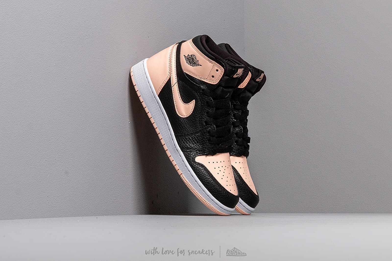 Air Jordan 1 Retro High Og Gs Black/ Crimson Tint-White-Hyper Pink