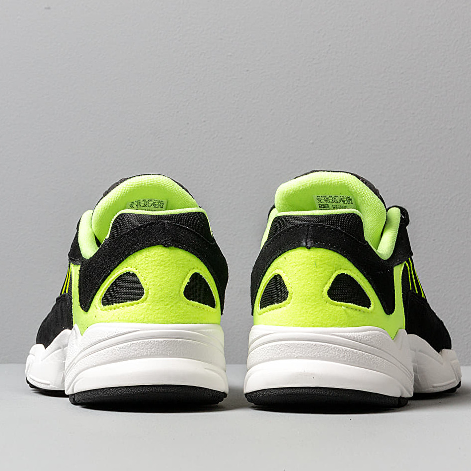 adidas Yung-1 Core Black/ Core Black/ Hi-Res Yellow