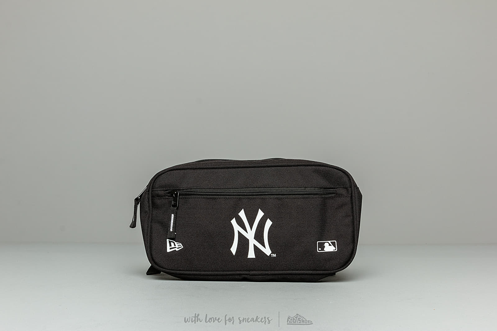 Doplňky New Era MLB Cross Body New York Yankees Bag Black