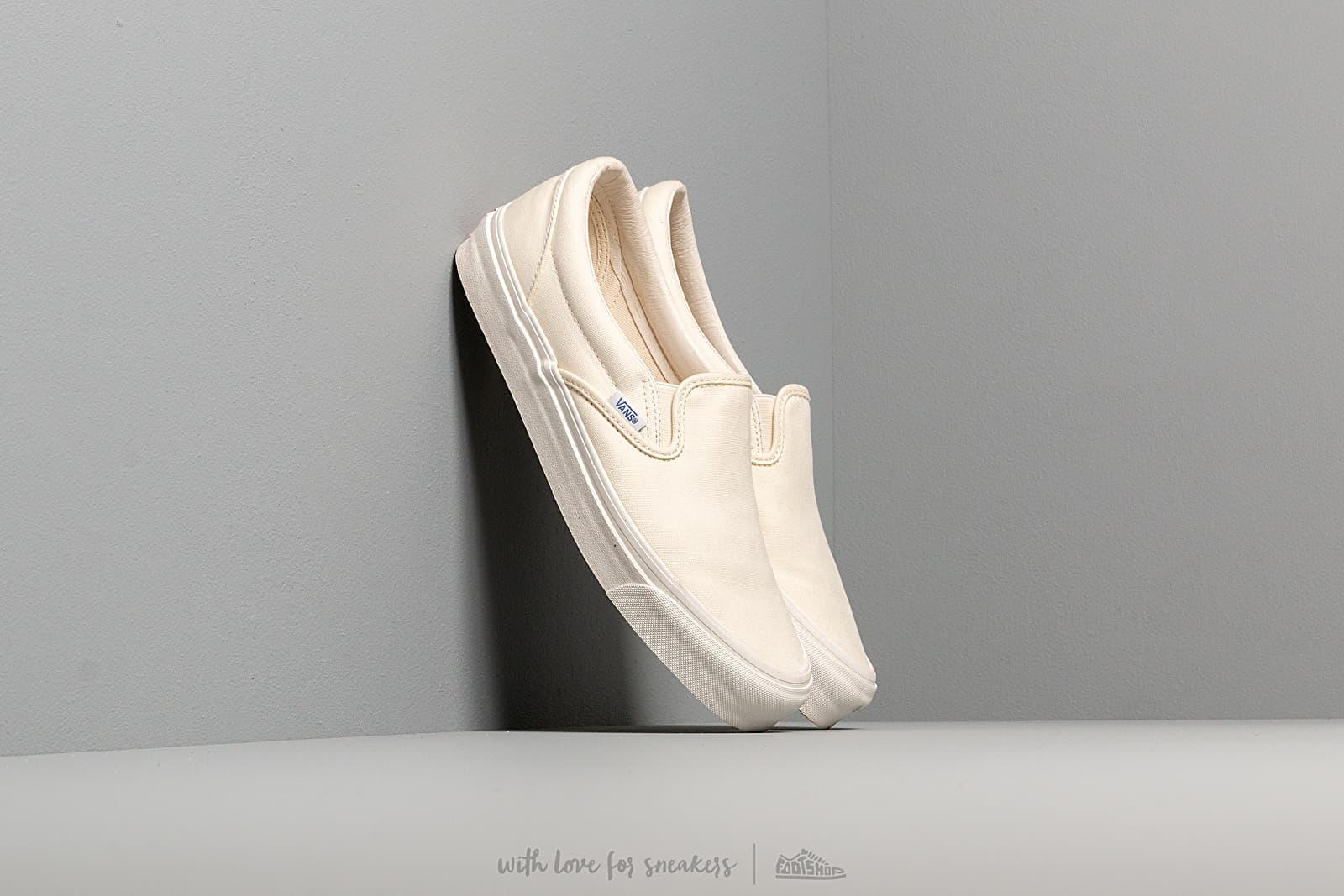 Vans OG Classic Slip-On (Canvas) Classic White za skvělou cenu 1 190 Kč koupíte na Footshop.cz