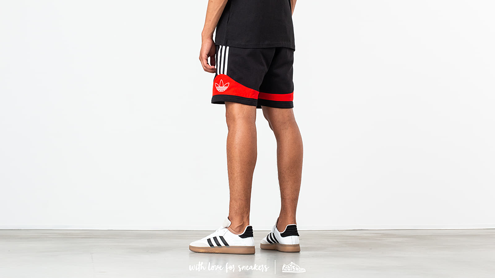 e333d349dce adidas Team Signature Trefoil Shorts Black/ Core Red at a great price 42 €  buy