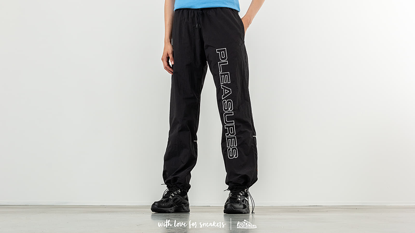 Reebok x Pleasures Classic Vector Unisex Pants