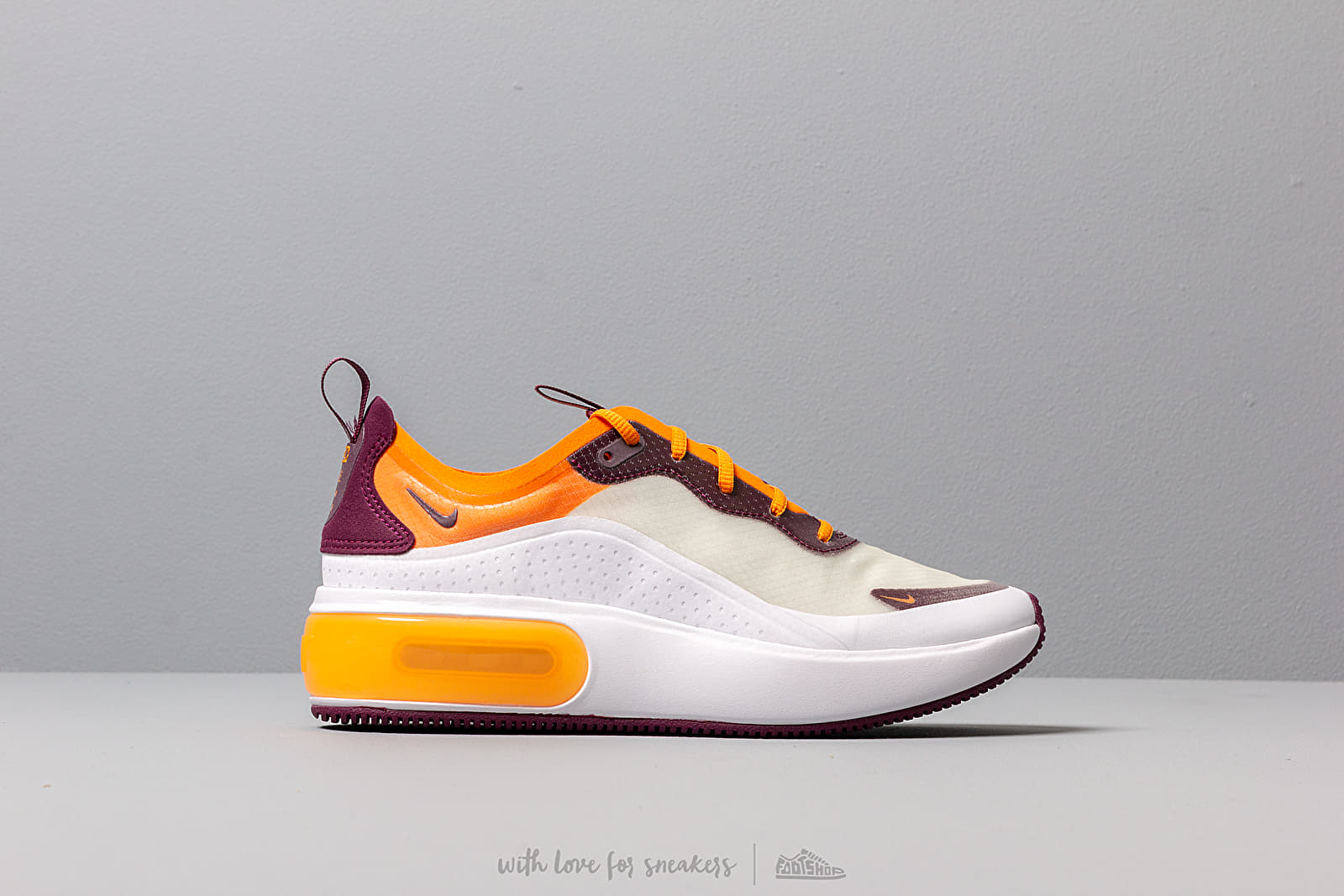 Nike W Air Max Dia Se White/ Bordeaux-Orange Peel | Footshop