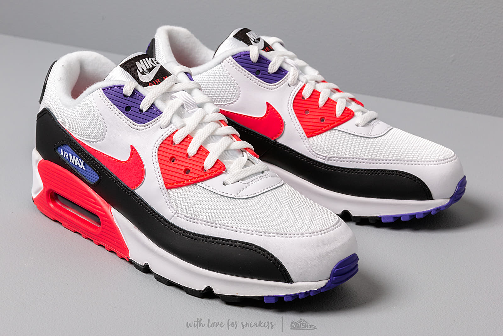 Nike Air Max 90 Essential White Red Orbit Psychic Purple