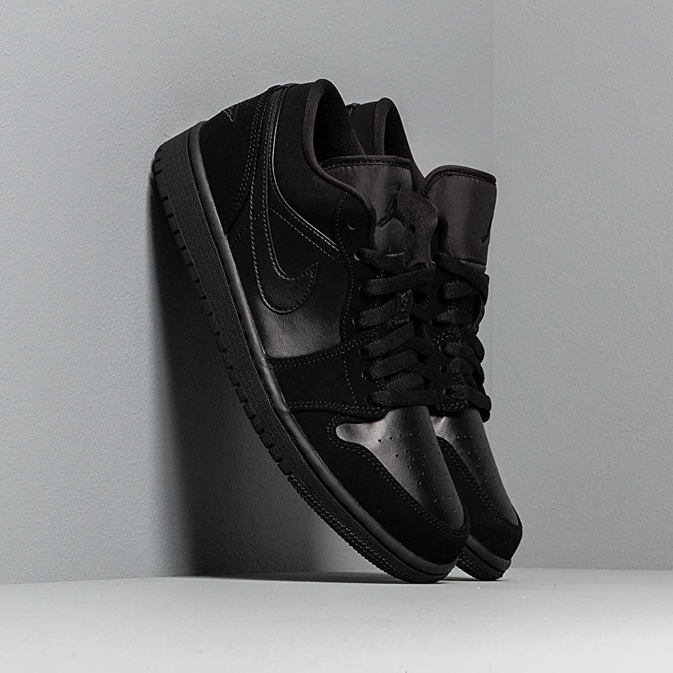 Air Jordan 1 Low Black/ Black-Black EUR 42.5