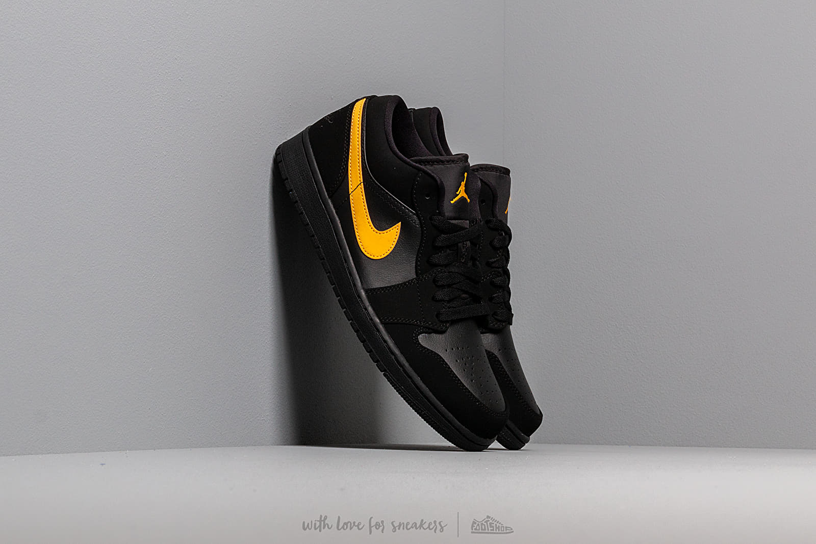 Air Jordan 1 Low Black University Gold Black | Footshop
