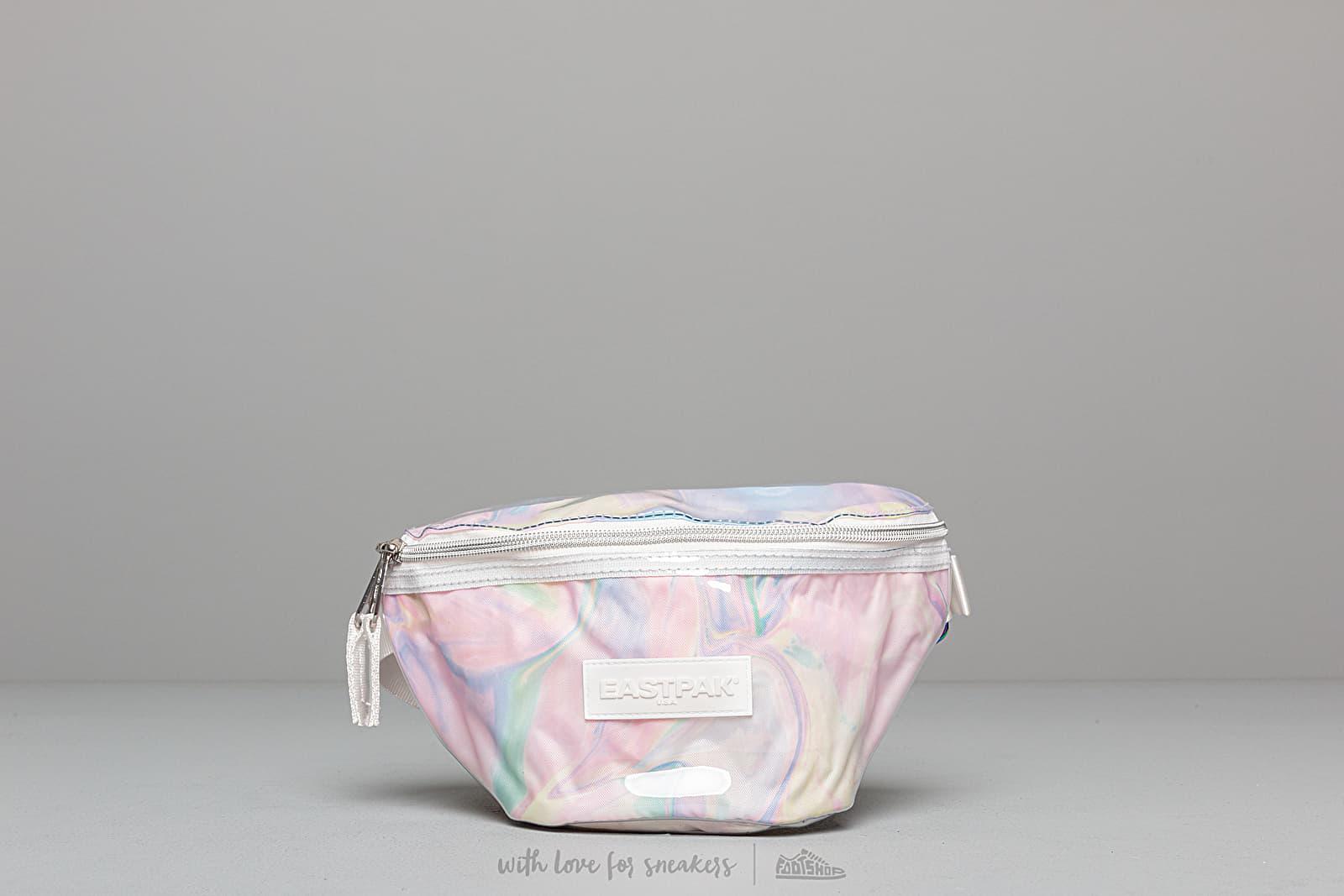 EASTPAK Springer Weistbag Marble Transparent za skvelú cenu 72 € kúpite na Footshop.sk