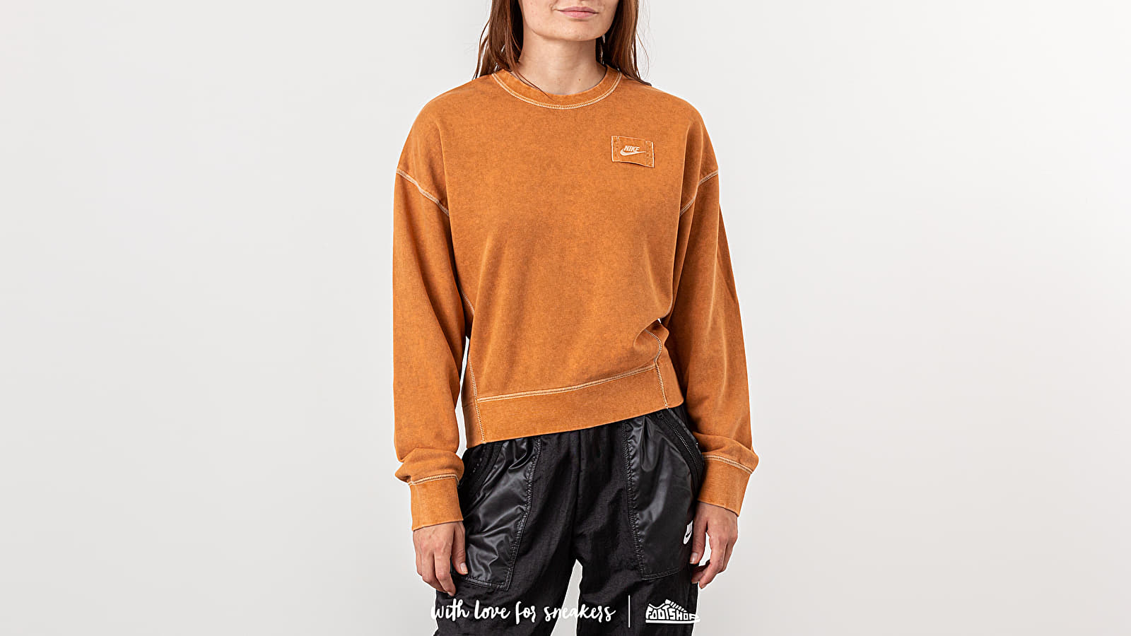 5e1ac92e Nike Sportswear Rebel Crewneck Burnt Sienna at a great price 55 € buy at  Footshop