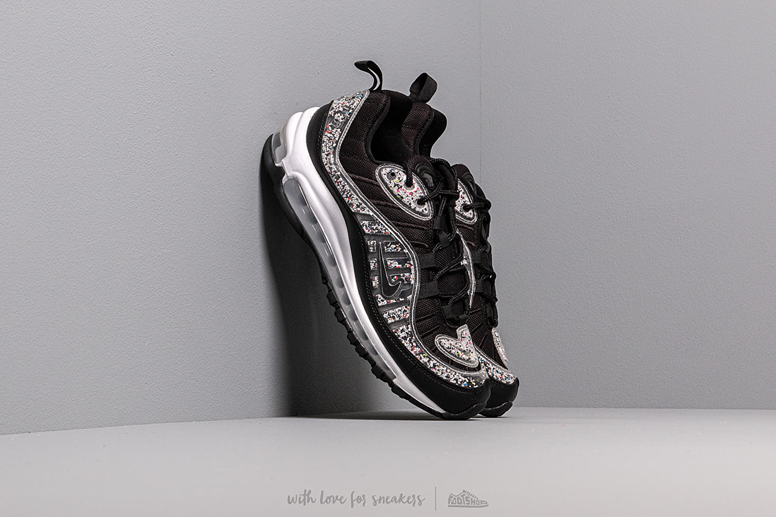 Încălțăminte și sneakerși pentru femei Nike W Air Max 98 LX Black/ Black-White