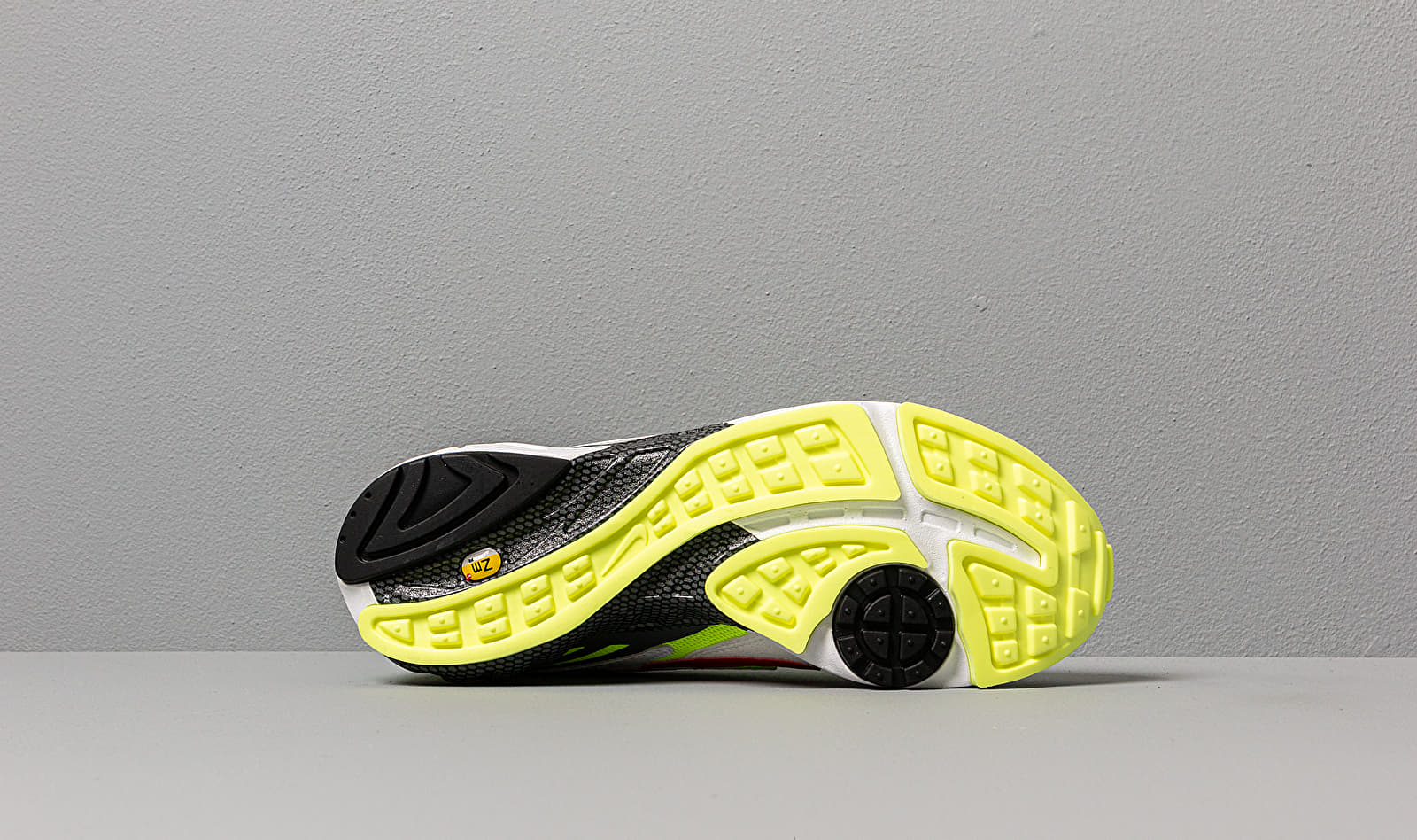 Nike Air Ghost Racer White/ Atom Red-Neon Yellow-Dark Grey, Multicolour