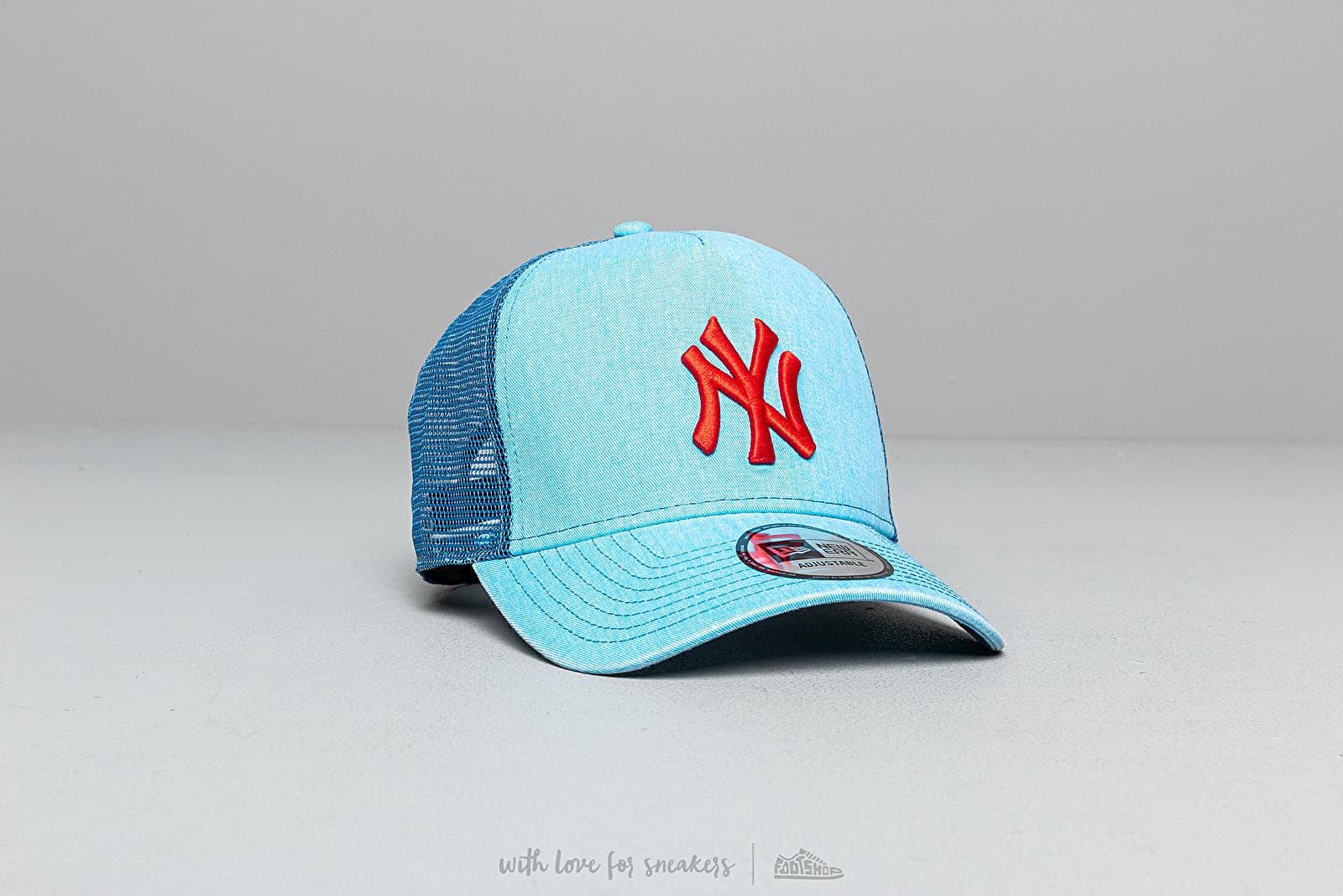 New Era MLB Washed New York Yankees Trucker Cap