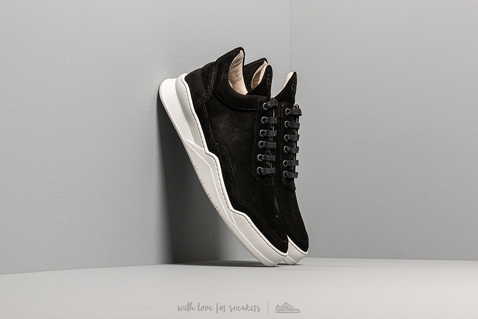 Pánské tenisky a boty Filling Pieces Low Top Ghost Suede Black