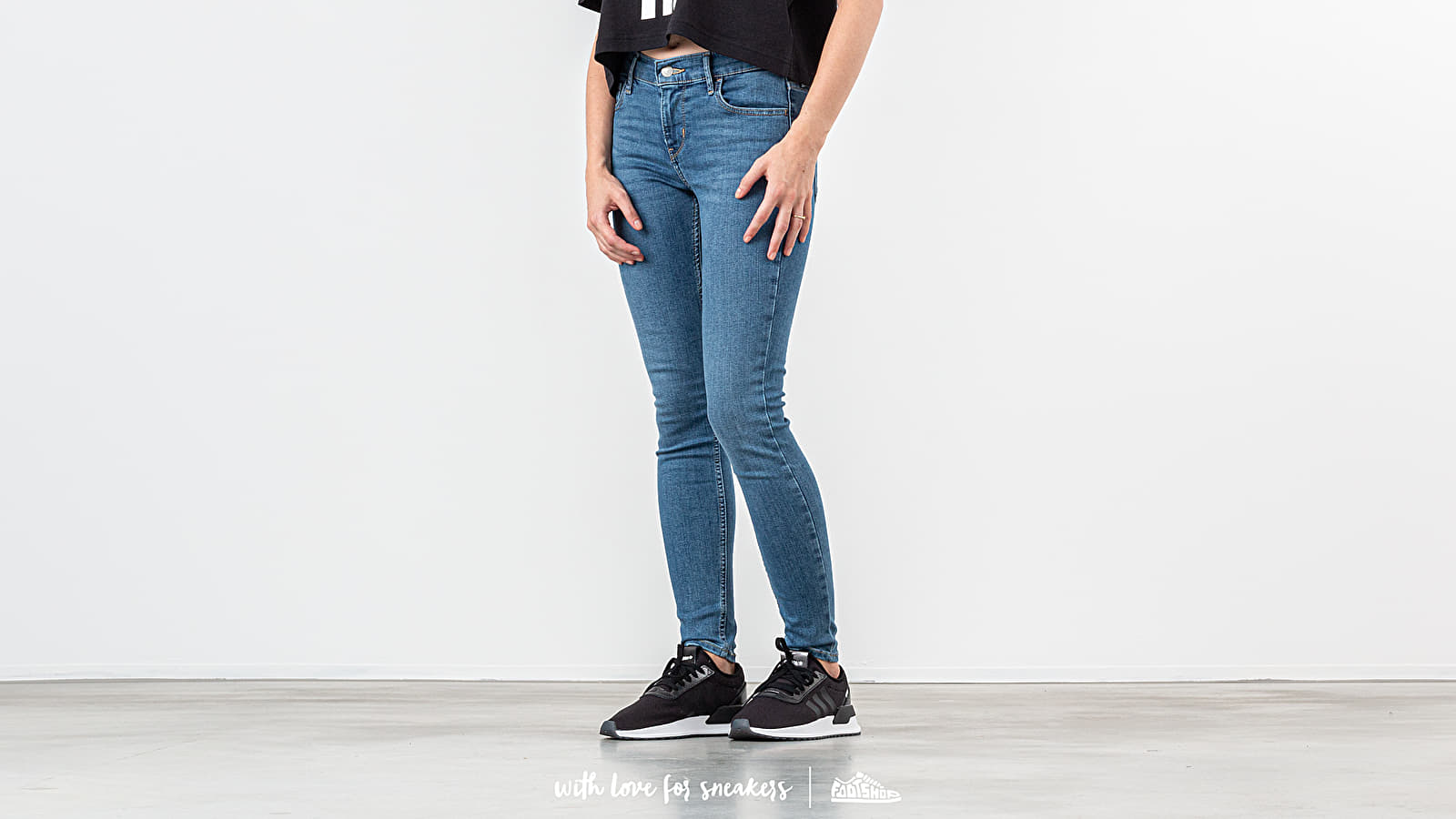 Джинси і штани Levi's® 710 Innovation Super Skinny Jeans Medium Blue