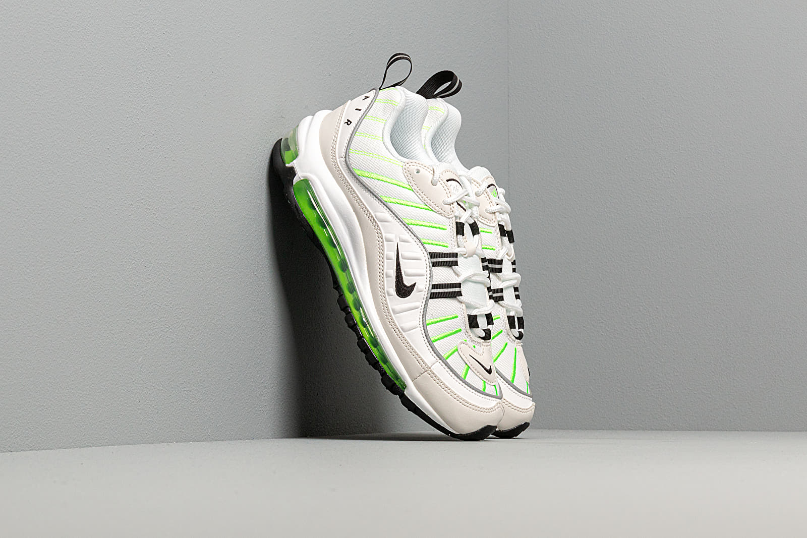 Chaussures et baskets femme Nike W Air Max 98 Summit White/ Black-Phantom