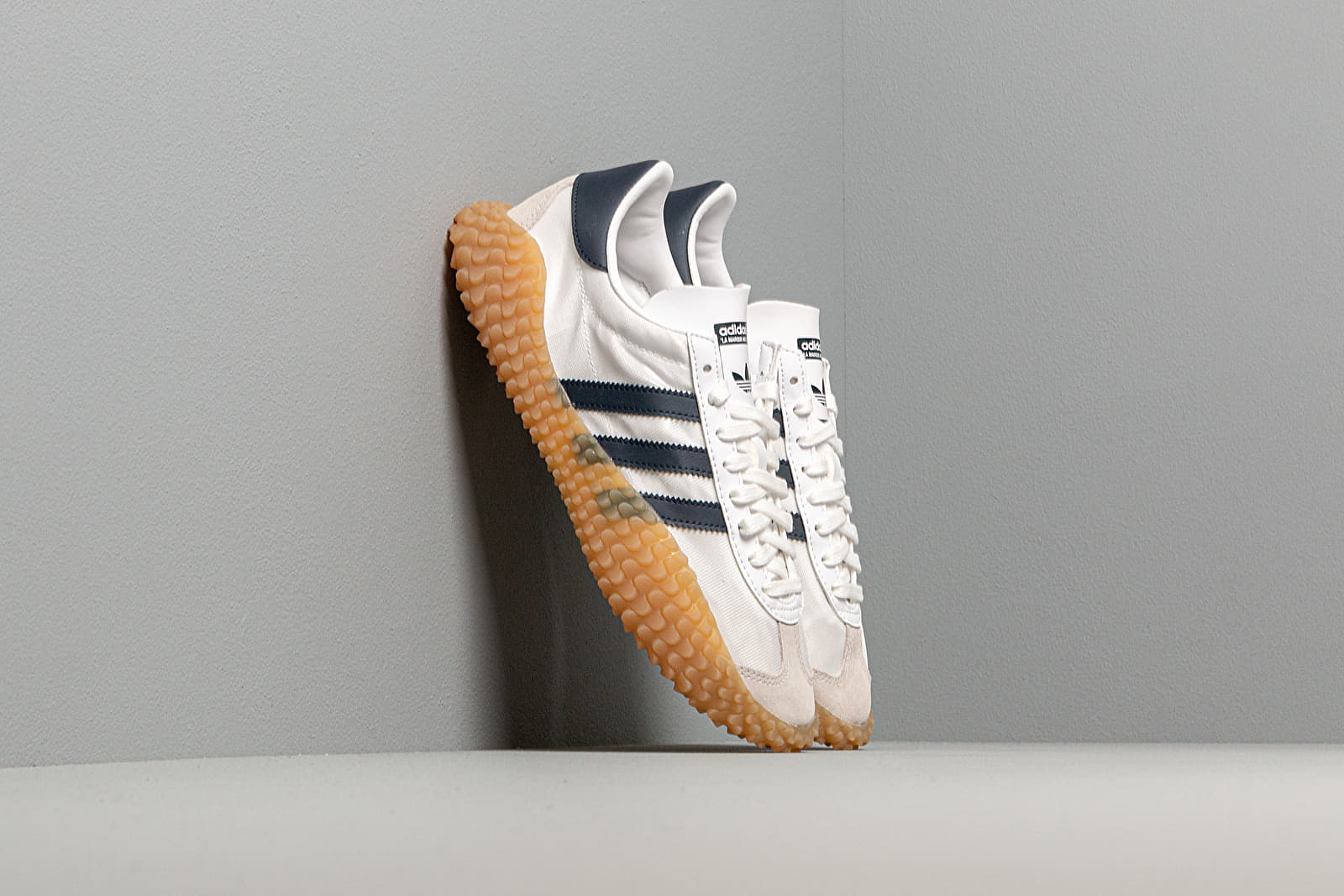 Ανδρικά παπούτσια adidas Country x Kamanda Ftw White/ Collegiate Navy/ Gum3
