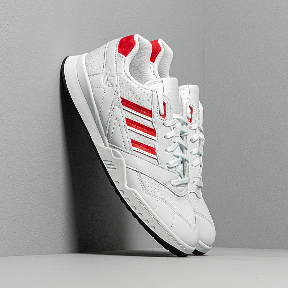 adidas A.R. Trainer Blue Tint/ Scarlet/ Ftw White EUR 42 2/3