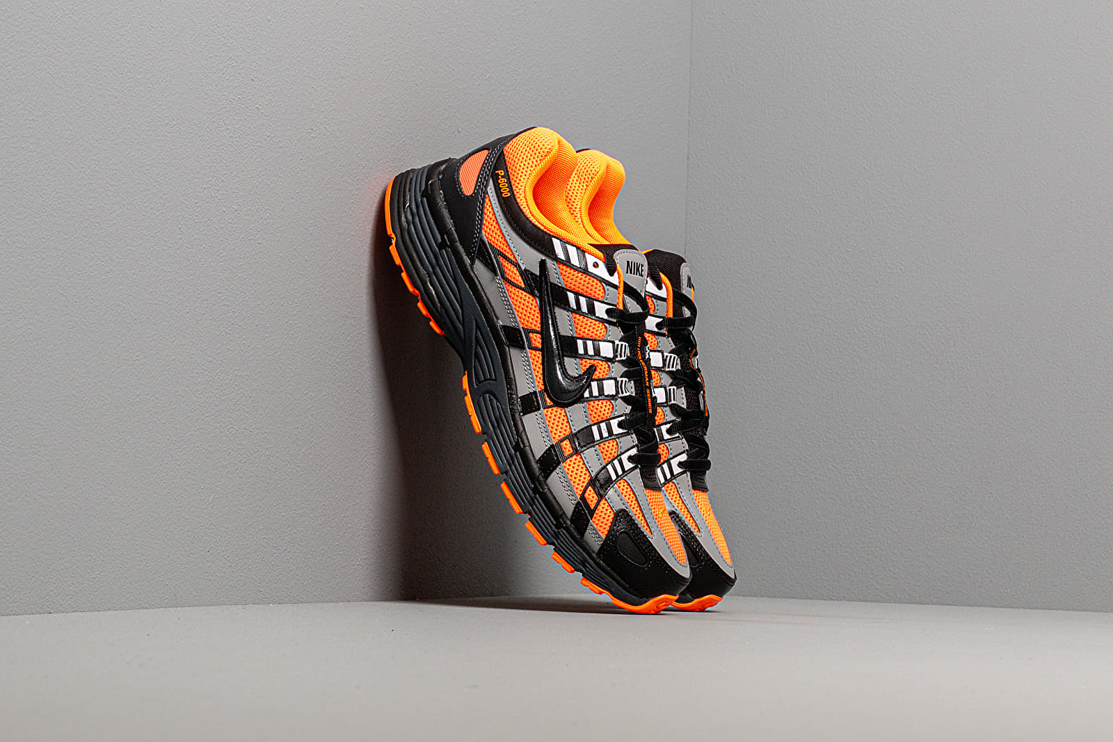 Chaussures et baskets homme Nike P-6000 Total Orange/ Black-Anthracite-Flt Silver