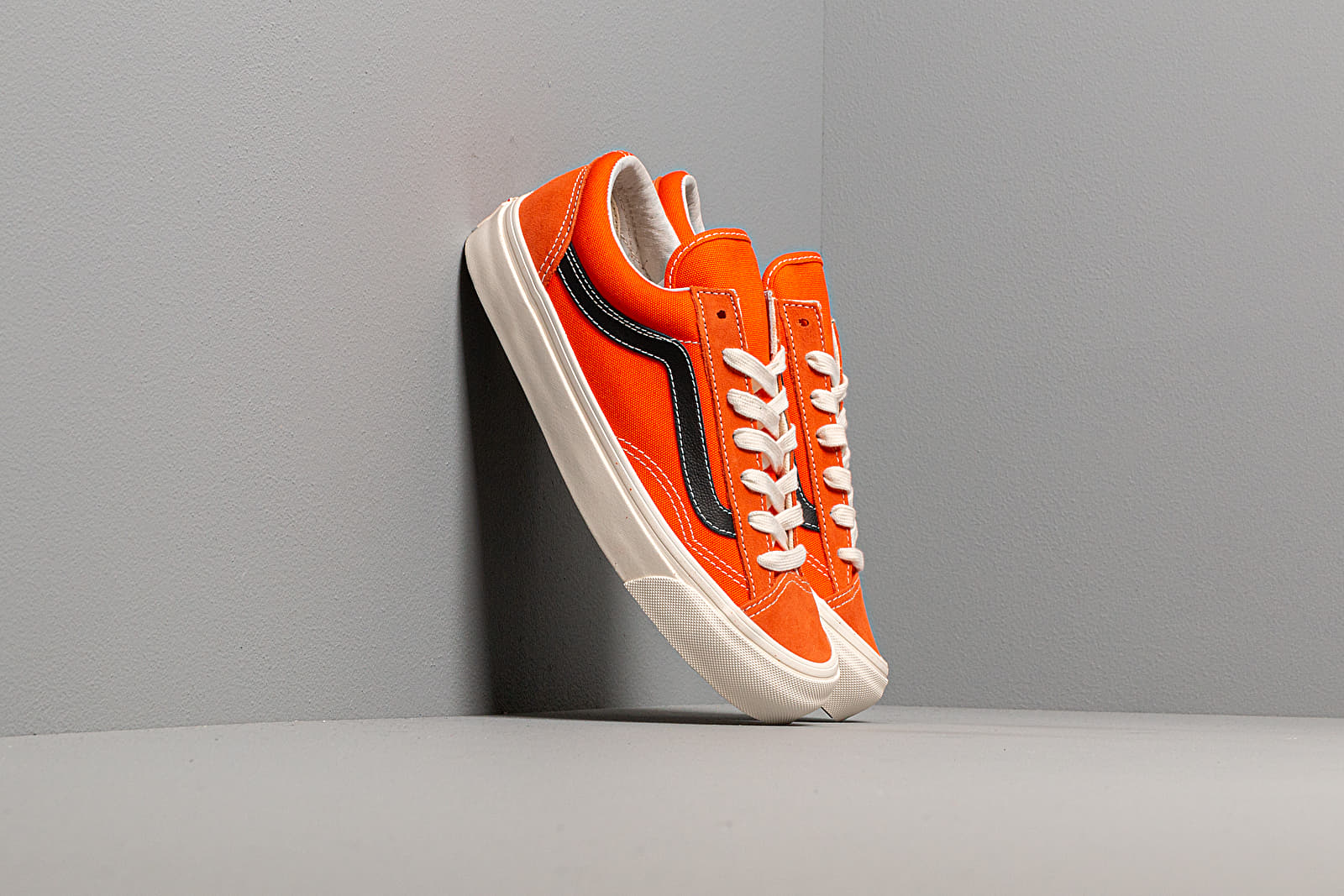 Muške tenisice Vans OG Style 36 LX (Suede/ Canvas) Red Orange/ Black