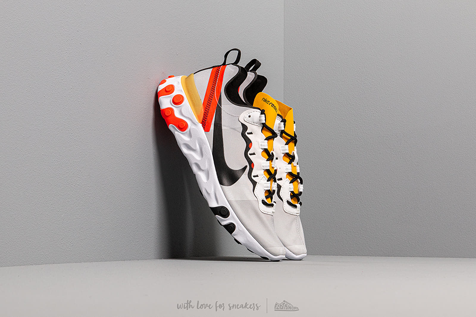 Men's shoes Nike React Element 55 White/ Black-Bright Crimson