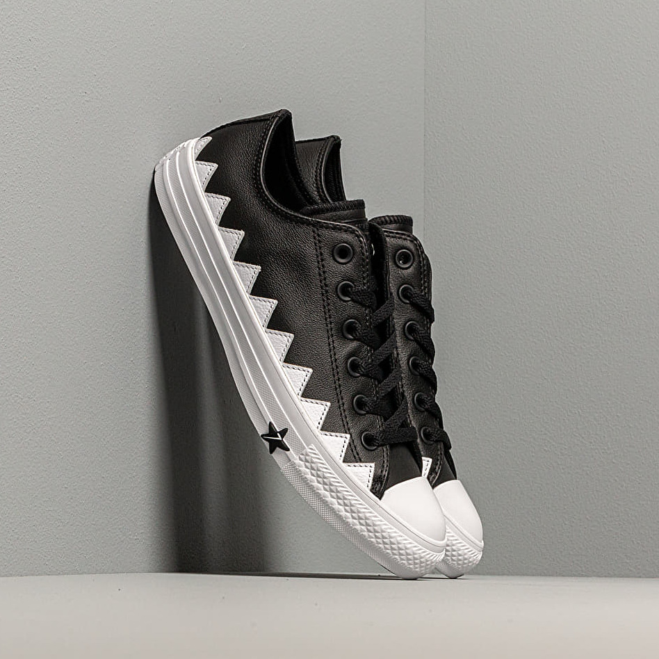 Converse Chuck Taylor All Star Mission-V Black/ White/ White EUR 36