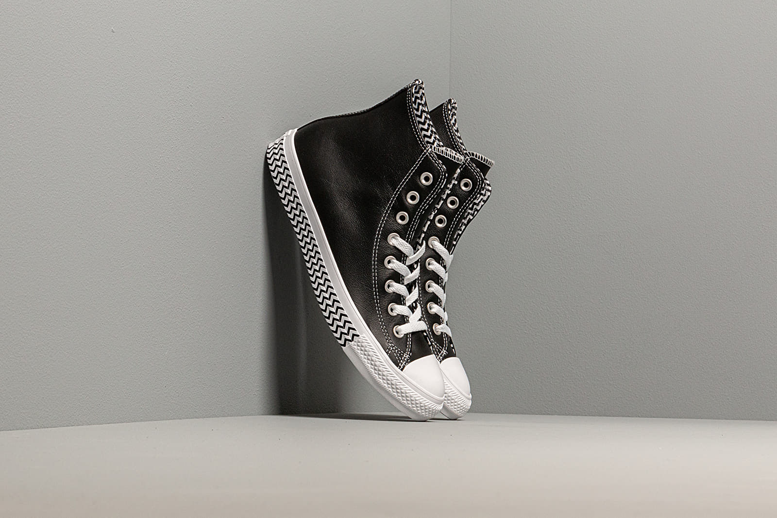 Converse Chuck Taylor All Star Mission-V
